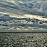 немного пасмурного морского неба :: Константин Сытник