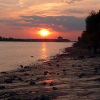 Очарование ночного Гамбурга (серия) Любуясь закатом :: Nina Yudicheva