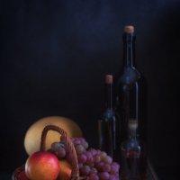 Натюрморт с виноградом и грушами :: Анатолий Тимофеев