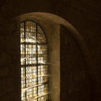 Свет в окне :: Руслан Гончар