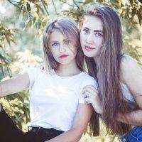 Юные, красивые, но такие разные... :: Татьяна Зайцева