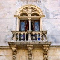 Балкон в стиле барокко.. :: Виктор Льготин