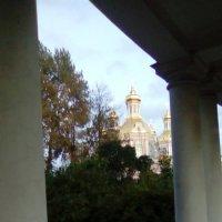 Вид с колоннады на Крестовоздвиженский собор. (Санкт-Петербург) :: Светлана Калмыкова