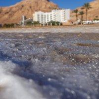 Пляжи Мертвого моря. Взгляд снизу :: Екатерина Исупова