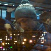 А в окне, а в окне - Ваш дрожащмй профиль :: Ирина Данилова