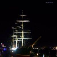 Очарование ночного Гамбурга (серия) Парусник-музей :: Nina Yudicheva
