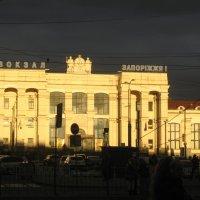 Вечернее сияние вокзала... :: Алекс Аро Аро