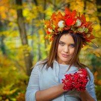 Калина (и красавица Виолетта) :: Ольга Егорова
