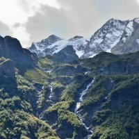 водопад и вершина Таймази :: Мария Климова