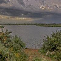 рыбаков согнала туча :: gribushko грибушко Николай