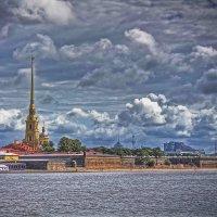 Петропавловская крепость. Вид со Стрелки Васильевского острова :: Julia Martinkova