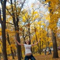 Игра с листями :: Albina