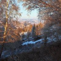 На горы зимние, взор Ваш, пусть неутомимым будет 9 :: Сергей Жуков