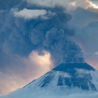 Пепел и снег :: Денис Будьков