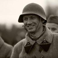 хорошее настроение русского солдата.. :: Виктор Перякин