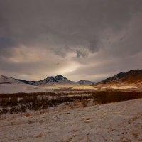 На горы зимние, взор Ваш, пусть неутомимым будет 13 :: Сергей Жуков