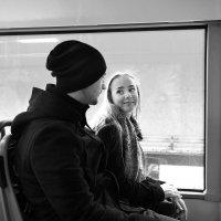 Автобус. Двое. Встреча. Счастье. :: Ирина Данилова