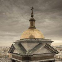 колоннада исаакиевского собора :: Сергей Сотников