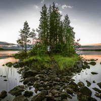 Озеро и остров. :: Sven Rok
