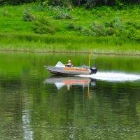 Рыбак на реке Каме :: Сергей Тагиров