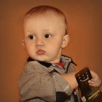 Серьезный малыш.. :: Клара