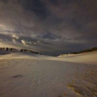 На горы зимние, взор Ваш, пусть неутомимым будет 25 :: Сергей Жуков