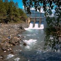 Чемальская ГЭС :: Лариса Димитрова