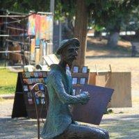 Памятник художнику на Сухом мосту :: Ekat Grigoryeva