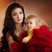 Мама и дочь... :: Юлия Журавлёва