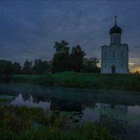 Церковь Покрова на Нерли в сентябрьский рассвет. :: Igor Andreev