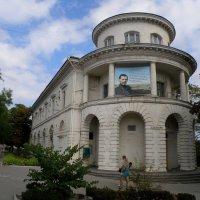 Библиотека имени Льва Толстого :: Александр Рыжов