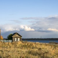на берегу тихой реки :: Андрей ЕВСЕЕВ