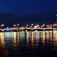 Один из мостов через Неву вечером. (Санкт-Петербург). :: Светлана Калмыкова