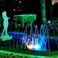 Вечерний фонтан :: Нина Корешкова