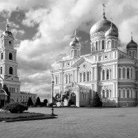 Колокольня и Троицкий.. :: Александр Архипкин
