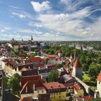 Над крышами :: Дмитрий Близнюченко