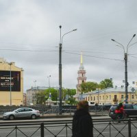 На берегах Обводного канала :: Константин Бобинский
