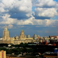 ОБЛЕТАЯ МОСКВУ :: Восточный