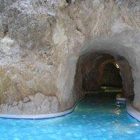 Мишкольц(Венгрия)водный парк в пещерах :: Екатерина Гриб