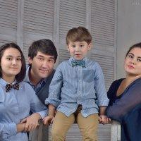 Вечер в кругу семьи. :: Юлия Масликова