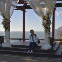 Свадьба ушла, туристы пришли :: Андрей Крючков