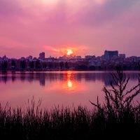 закат, как будто небольшой взрыв :: Коля Нефедов