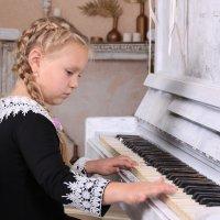 пришло вдохновение :: Tanyana Zholobova