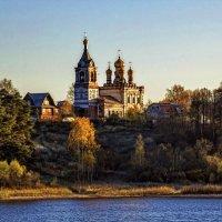Стояла церковь на горе. :: Анатолий. Chesnavik.