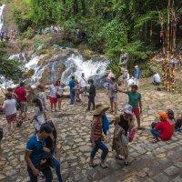 Водопад в Далате.Вьетнам. :: Татьяна Калинкина