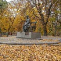 Памятник Шевченко в Чернигове :: Сергей Тарабара