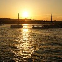 Стамбул. Золотой рог :: Юлия Фотолюбитель