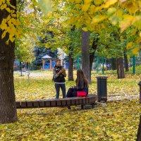 Осень - лучшая пора для фотосессий... :: Владимир Безбородов