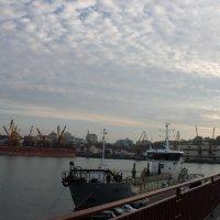 Порт Одесса. :: Андрей Тронин