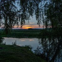Тихий вечер на озере :: Владимир Безбородов
